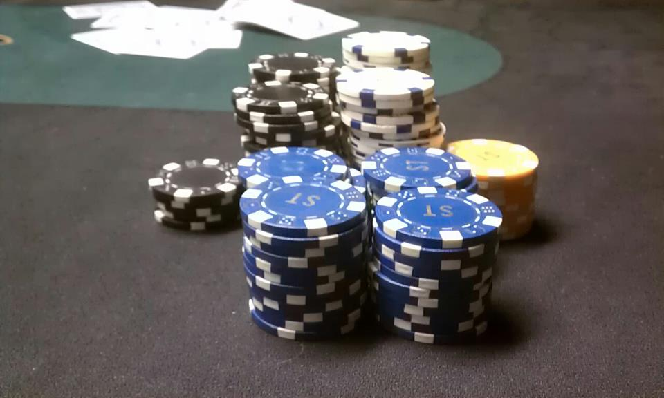 Fresh Content Day 25: Hold 'Em or Fold 'Em